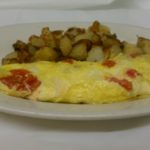 bacon & cheese omelette with hash browns